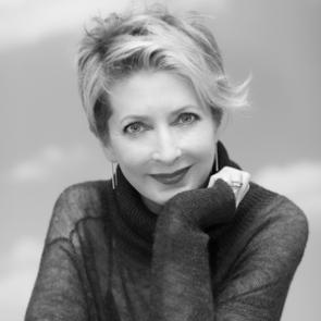 Image of Debra Cavanaugh