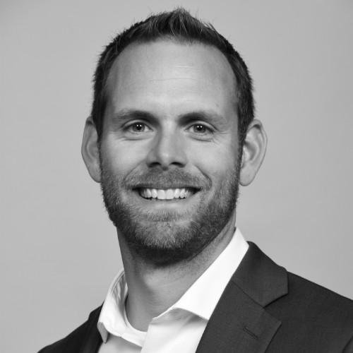 headshot of Chris Mullen PhD