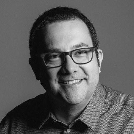 headshot of Marcelo Galdieri