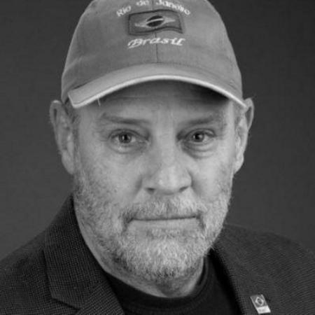headshot of Robert Janssen
