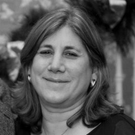 headshot of Carol Palmiotto