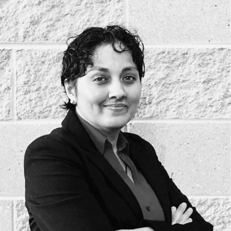 headshot of Nisha Paliwal
