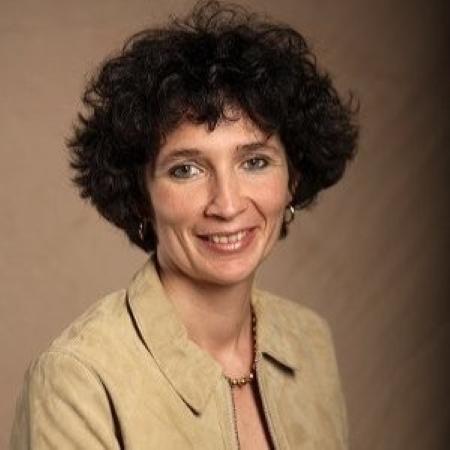 headshot of Veronique Rhode