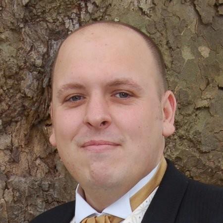 headshot of Anthony Smith