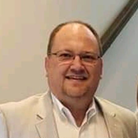 headshot of Bobby Butler