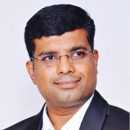 headshot of Sudhakar Virupakshi