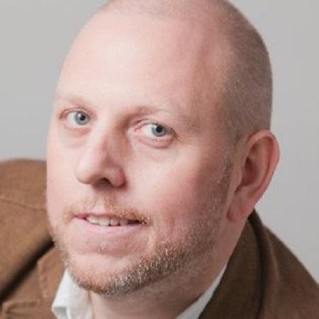 headshot of Chris Van Schijndel