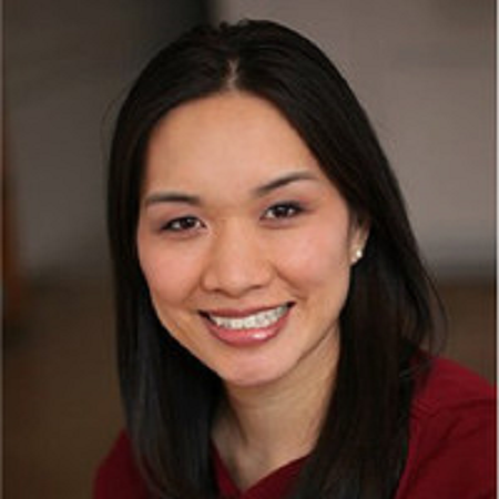 headshot of Lauren Chiang