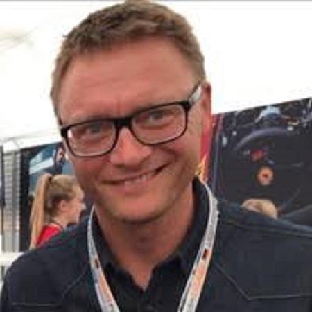 headshot of Henning Nielsen