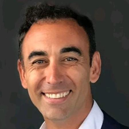 headshot of Pablo Ramos