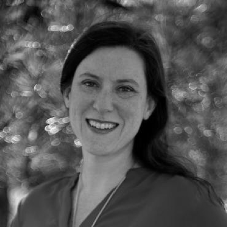 headshot of Lauren Lecin Polinsky