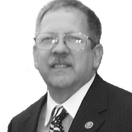 headshot of Mark Gelhardt