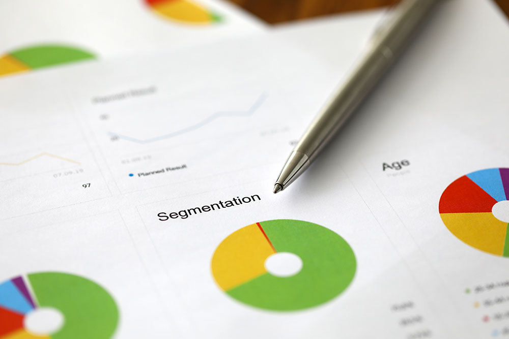 Segmentation Graph in Behavioral Segmentation