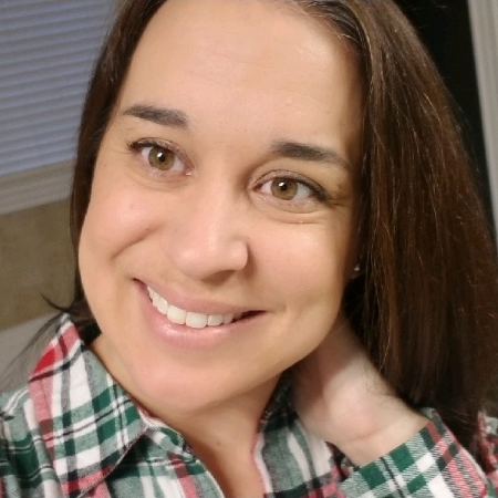 headshot of Jill Raymond
